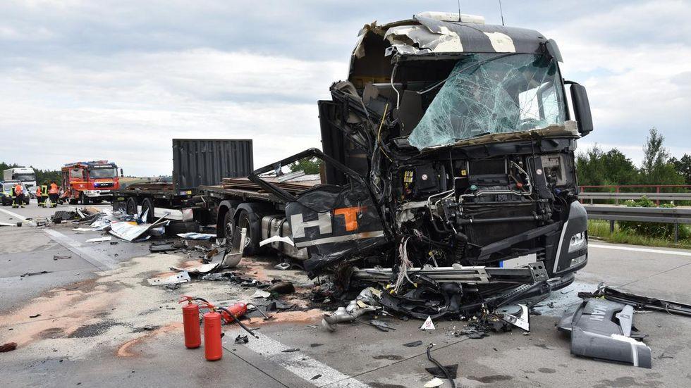 Drei LKW waren Montagnachmittag auf der A 72 zusammengekracht.