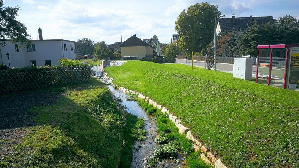 Der Bachlauf wurde neu profiliert. © Stadt Zwickau/Tiefbauamt