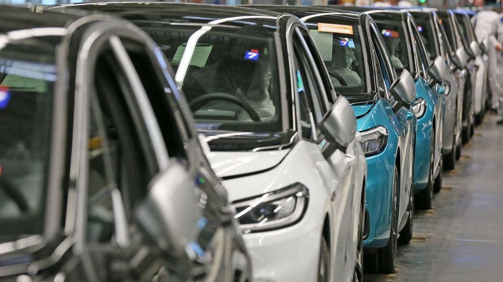 In Zwickau rollen täglich rund 1.000 vollelektrische Fahrzeuge vom Band, u.a. der ID.3
