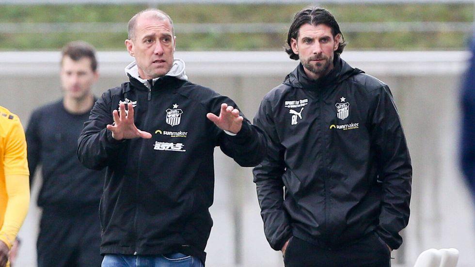 Für das Trainergespann Joe Enochs und Robin Lenk und den FSV steht eine weitere englische Woche an. © imago images/ picture point
