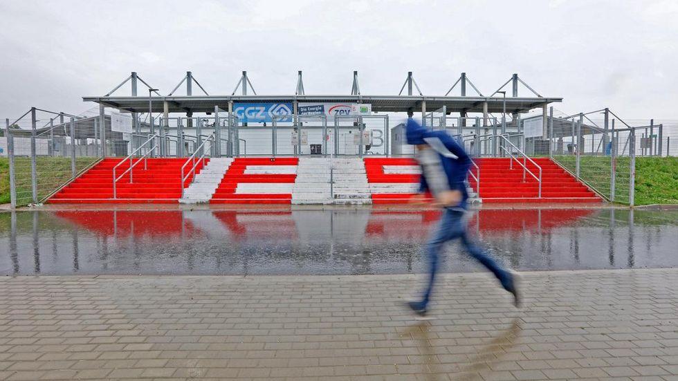 Die Stadt lässt den FSV nicht im Regen stehen. © Ralph Köhler/propicture