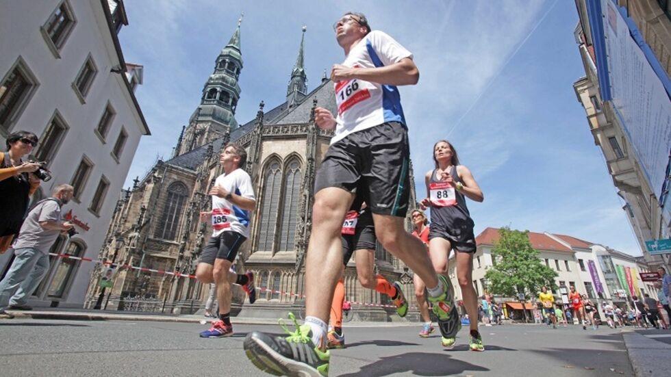 Am 17. Mai gibt es in Zwickau wieder den Sparkassen-Stadtlauf. © Ralph Köhler/propicture
