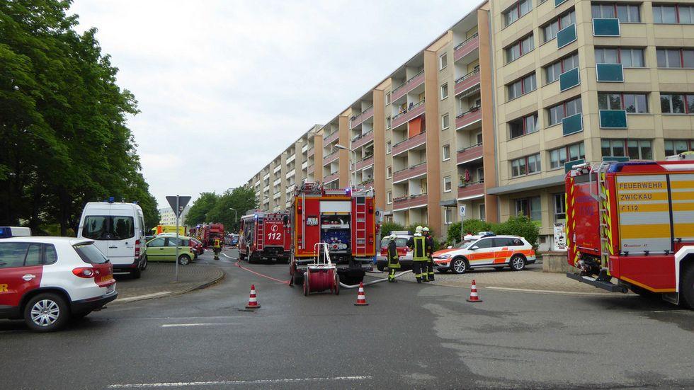 Ein Großaufgebot der Feuerwehr war auf der Dortmunder Straße im Einsatz.