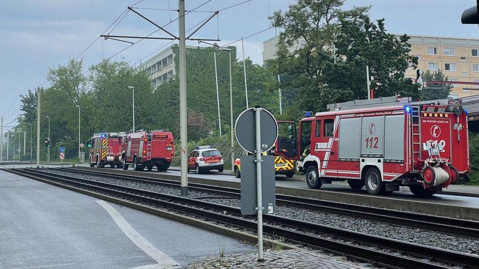Die Feuerwehr war mit mehreren Löschzügen vor Ort.
